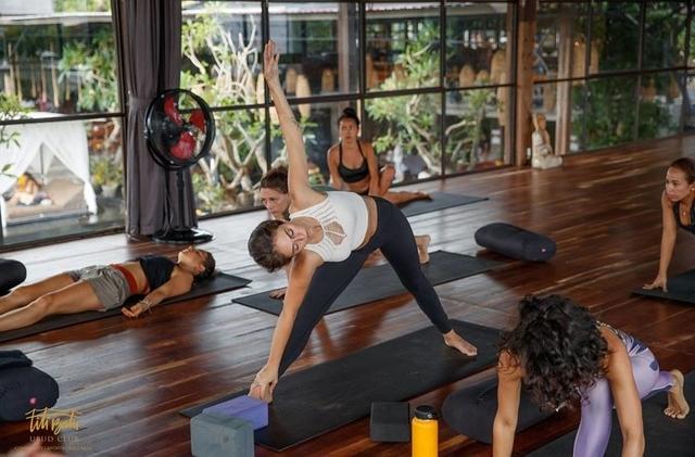 Йога в фитнес клубе
